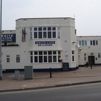 White Lion (Beeston)